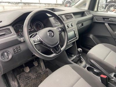 Volkswagen Caddy VAN RALLONGE 4 MOTION 122 CV BUSINESS LINE PACK STYLE rallonge - <small></small> 18.500 € <small>TTC</small> - #4