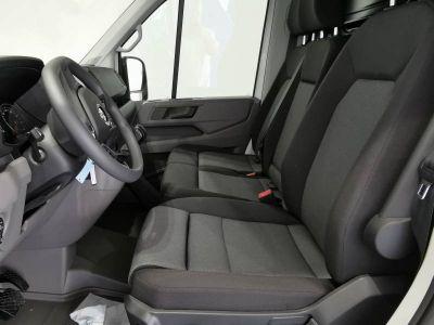 Volkswagen Crafter VAN e- 35 L3H3 136 CH BVA - <small></small> 37.598 € <small>TTC</small> - #7