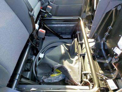 Volkswagen Crafter VAN e- 35 L3H3 136 CH BVA - <small></small> 37.598 € <small>TTC</small> - #16
