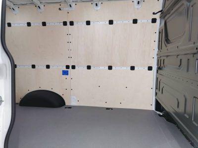 Volkswagen Crafter VAN e- 35 L3H3 136 CH BVA - <small></small> 44.900 € <small>TTC</small> - #10