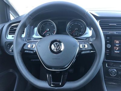 Volkswagen Golf 1.6 TDI 115ch FAP BlueMotion Technology Confortline Business BVM5 - <small></small> 17.890 € <small>TTC</small>