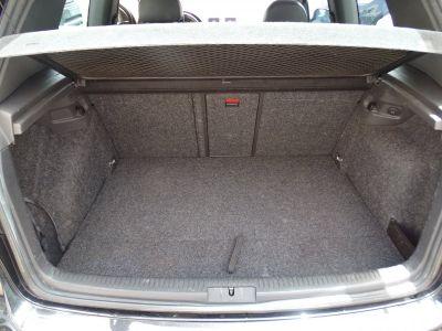 Volkswagen Golf R32 4 Motion DSG Véhicule Français  - <small></small> 12.890 € <small>TTC</small> - #16