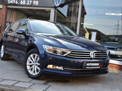 Volkswagen Passat Variant 1.6 CR TDi Comfortline DSG - GPS - FRONT ASSIST - <small></small> 18.990 € <small>TTC</small> - #1