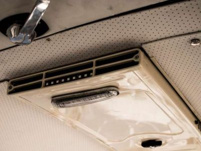 Volkswagen T1 AMBIENT LIGHT - OPEN ROOF - FULL RESTORATION - <small></small> 49.950 € <small>TTC</small> - #13