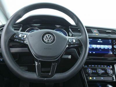Volkswagen Touran III 2.0 TDI 190 BLUEMOTION TECHNOLOGY  DSG6(04/2018) - <small></small> 31.900 € <small>TTC</small> - #8
