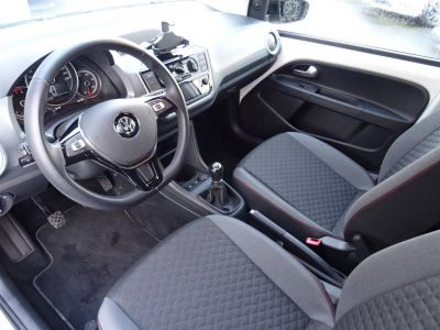 Volkswagen Up 1.0 60 BlueMotion Technology BVM5 Up! Connect - <small></small> 10.990 € <small>TTC</small>