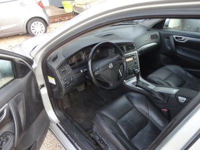 Volvo S60 D5 163CH SUMMUM GEARTRONIC - <small></small> 3.800 € <small>TTC</small>