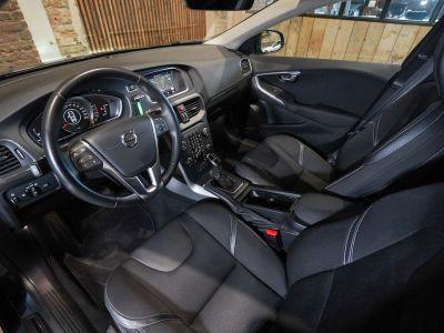 Volvo V40 1.5 T2 Black Edition AUTOMAAT - autom - Navi - Falcomotivegar!! - <small></small> 17.666 € <small>TTC</small> - #7