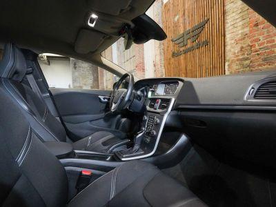 Volvo V40 1.5 T2 Black Edition AUTOMAAT - autom - Navi - Falcomotivegar!! - <small></small> 17.666 € <small>TTC</small> - #13