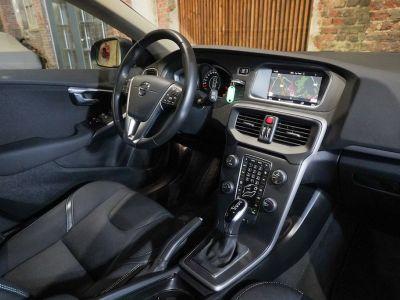Volvo V40 1.5 T2 Black Edition AUTOMAAT - autom - Navi - Falcomotivegar!! - <small></small> 17.666 € <small>TTC</small> - #14