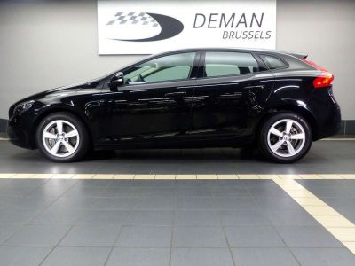 Volvo V40 2.0 D2 Eco Kinetic Geartronic - <small></small> 16.900 € <small>TTC</small> - #3