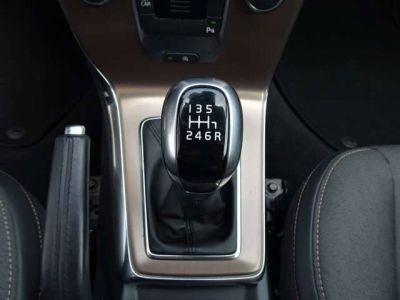 Volvo V40 Cross Country 2.0 D2 Kinetic XENON,NAVI,TREKHAAK,CRUISE,PDC V+A - <small></small> 15.500 € <small>TTC</small> - #12