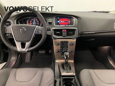 Volvo V40 Cross Country T3 152ch Signature Edition Geartronic - <small></small> 26.800 € <small>TTC</small>