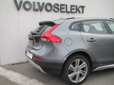 Volvo V40 Cross Country T3 152ch Summum Geartronic - <small></small> 17.900 € <small>TTC</small>