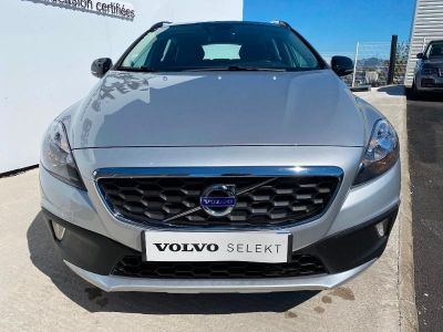Volvo V40 D2 115ch Start&Stop Momentum - <small></small> 14.500 € <small>TTC</small>