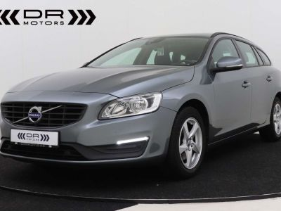 Volvo V60 2.0 D2 Kinetic Geartronic - <small></small> 17.395 € <small>TTC</small> - #1