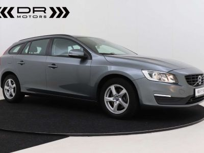 Volvo V60 2.0 D2 Kinetic Geartronic - <small></small> 17.395 € <small>TTC</small> - #2
