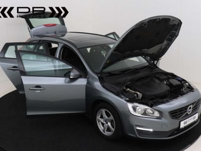 Volvo V60 2.0 D2 Kinetic Geartronic - <small></small> 17.395 € <small>TTC</small> - #12