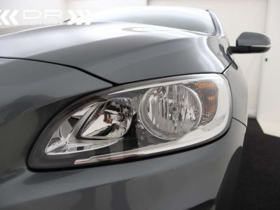 Volvo V60 2.0 D2 Kinetic Geartronic - <small></small> 17.395 € <small>TTC</small> - #30