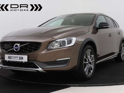 Volvo V60 Cross Country 2.0 D3 Summum - <small></small> 21.995 € <small>TTC</small> - #1