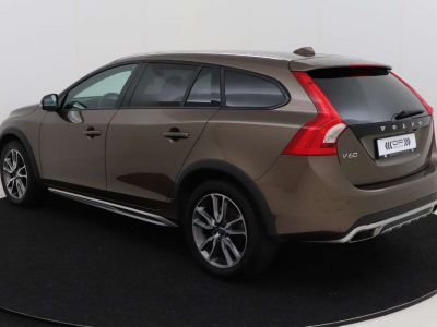 Volvo V60 Cross Country 2.0 D3 Summum - <small></small> 21.995 € <small>TTC</small> - #10