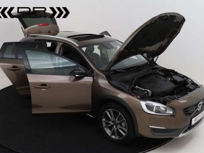 Volvo V60 Cross Country 2.0 D3 Summum - <small></small> 21.995 € <small>TTC</small> - #12