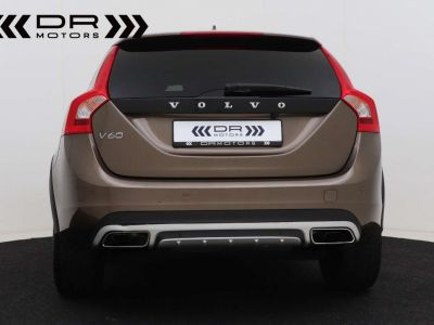 Volvo V60 Cross Country 2.0 D3 Summum - <small></small> 21.995 € <small>TTC</small> - #20