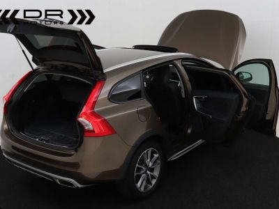 Volvo V60 Cross Country 2.0 D3 Summum - <small></small> 21.995 € <small>TTC</small> - #29