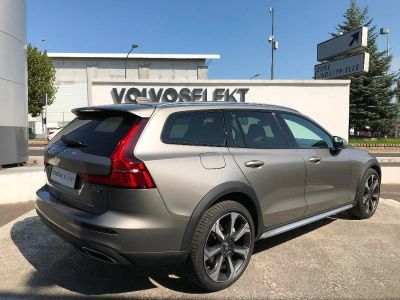 Volvo V60 D4 190ch AWD Cross Country Pro Geartronic - <small></small> 58.400 € <small>TTC</small>