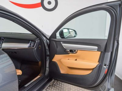 Volvo V90 2.0 D4 Geartronic / 1eigenr / Leder / LED... - <small></small> 26.995 € <small>TTC</small> - #13