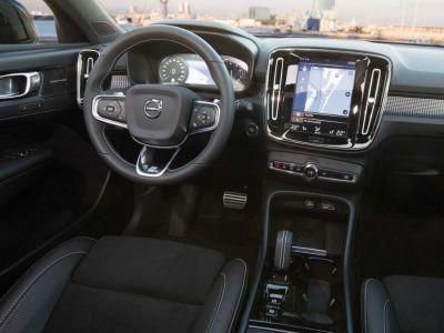 Volvo XC40 T3 163 Geartronic 8 R-design - <small></small> 36.400 € <small>TTC</small>