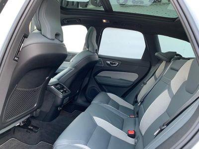 Volvo XC60 D4 AdBlue 190ch R-Design Geartronic - <small></small> 50.900 € <small>TTC</small>