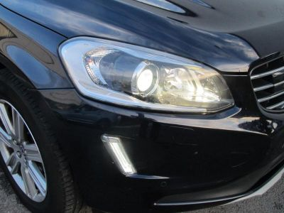 Volvo XC60 D5 AWD 220ch Signature Edition Geartronic - <small></small> 27.490 € <small>TTC</small>