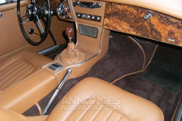 Austin Healey 3000 MK3 BJ8 - <small></small> 79.900 € <small>TTC</small> - #13