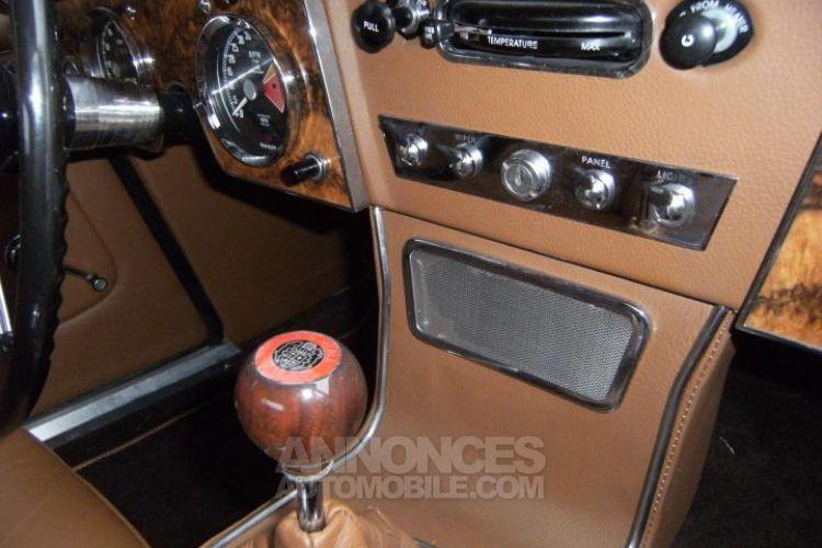 Austin Healey 3000 MK3 BJ8 - <small></small> 79.900 € <small>TTC</small> - #16
