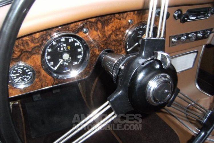 Austin Healey 3000 MK3 BJ8 - <small></small> 79.900 € <small>TTC</small> - #18