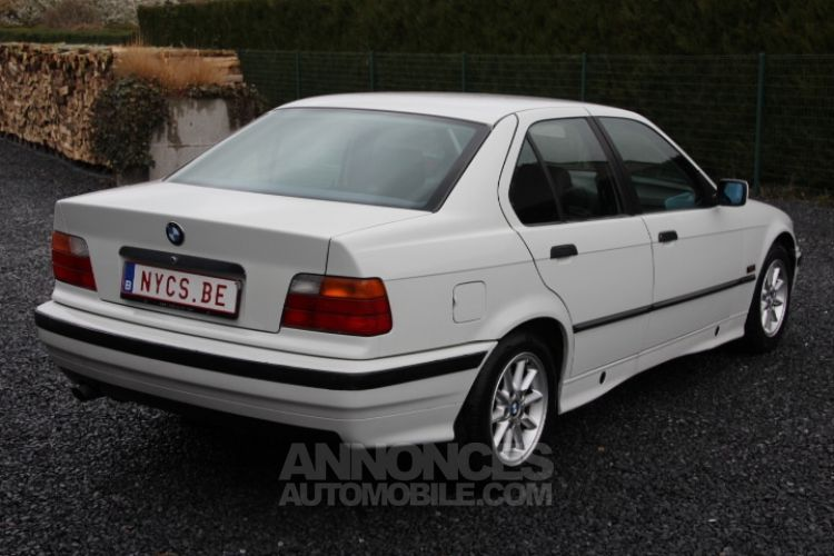 BMW Série 3 E36 318 is - <small></small> 6.200 € <small>TTC</small> - #7