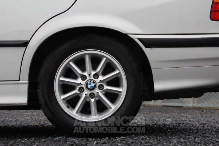 BMW Série 3 E36 318 is - <small></small> 6.200 € <small>TTC</small> - #36
