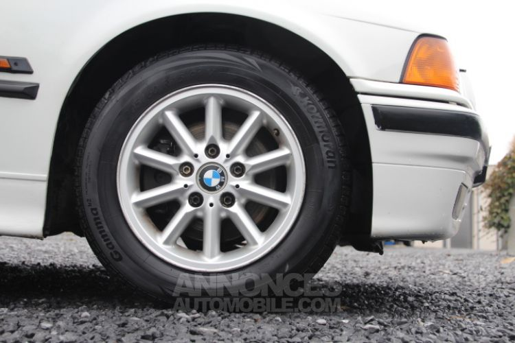 BMW Série 3 E36 318 is - <small></small> 6.200 € <small>TTC</small> - #38