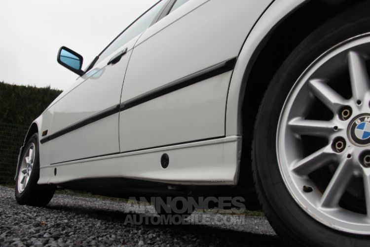 BMW Série 3 E36 318 is - <small></small> 6.200 € <small>TTC</small> - #46