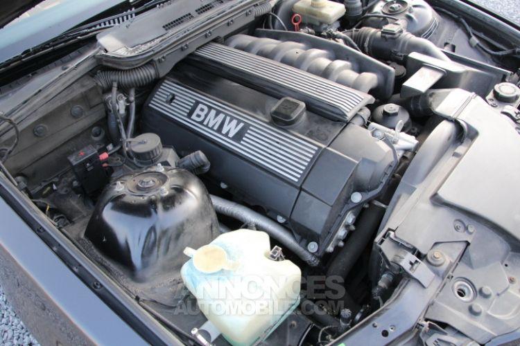 BMW Série 3 E36 328i Cabrio - <small></small> 13.900 € <small>TTC</small> - #31