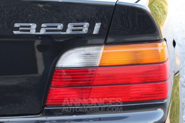 BMW Série 3 E36 328i Cabrio - <small></small> 13.900 € <small>TTC</small> - #54