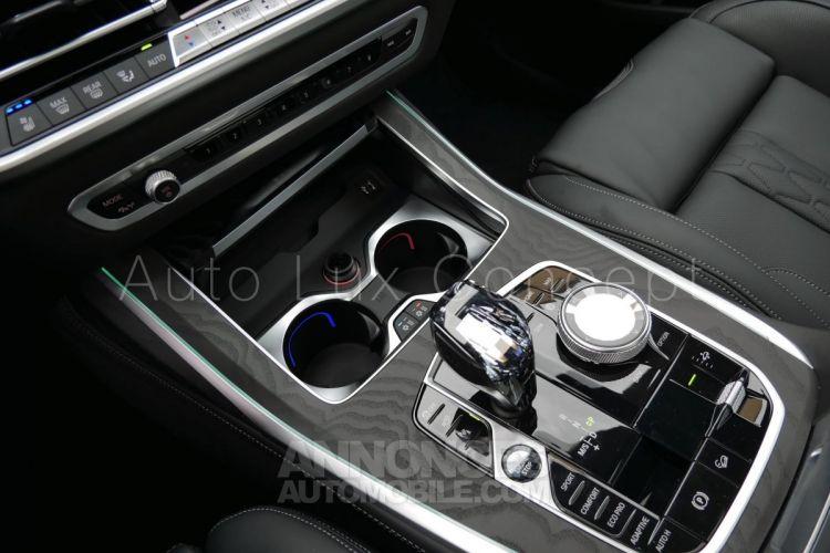BMW X7 xDrive40d M Sport, Sièges M, ACC, Caméra 360°, Divertissement AR, TV, Toit Sky Lounge, Attelage - <small></small> 119.900 € <small>TTC</small> - #19