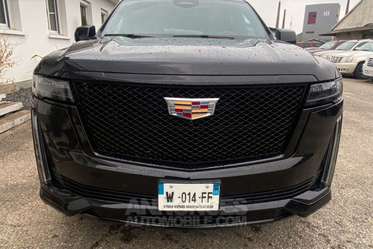 Cadillac ESCALADE 2021 ESV Sport V8 6.2L disponible sur parc - <small></small> 158.400 € <small>TTC</small> - #3