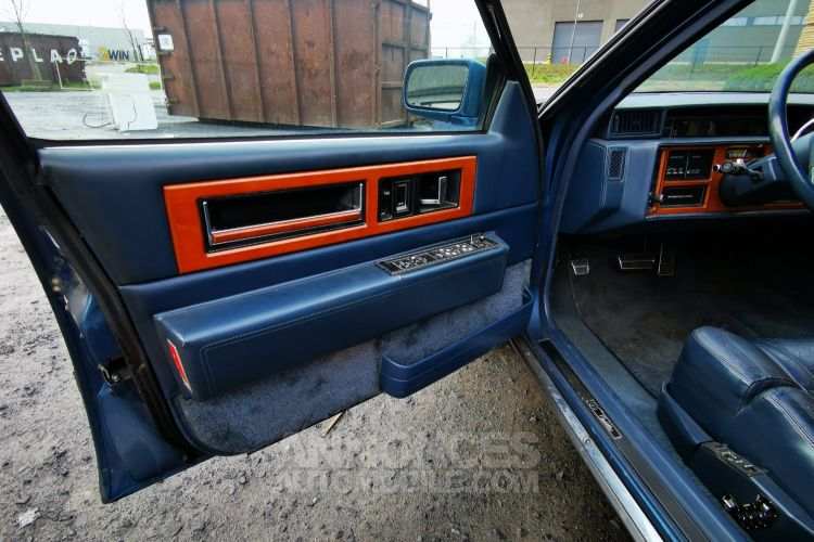 Cadillac FLEETWOOD , CADILLAC FLEETWOOD - DE VILLE , Limo , V8 - 4500 Cc Automatique - <small></small> 6.000 € <small>TTC</small> - #20