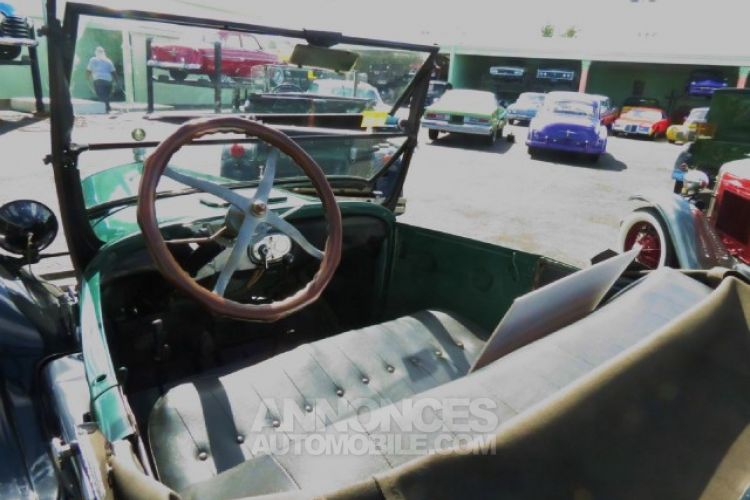 Ford Model T 4 Cylinder - <small></small> 24.436 € <small>TTC</small> - #6