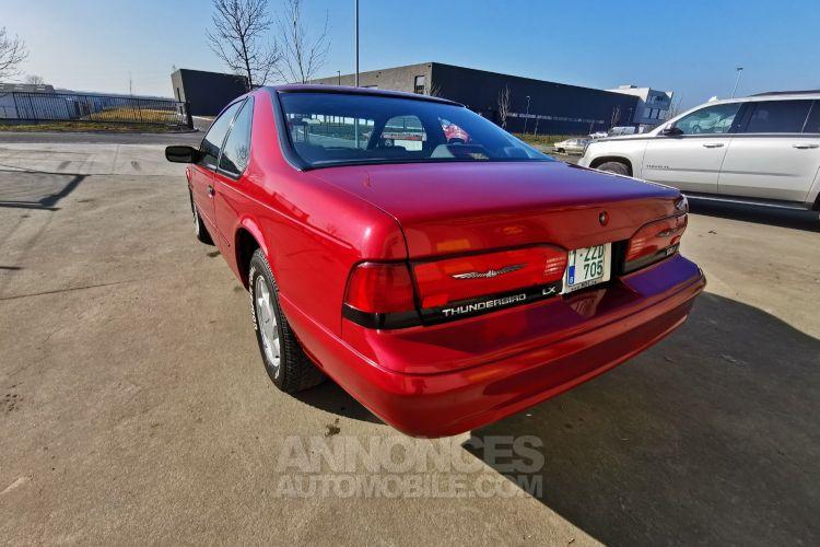 Ford Thunderbird FORD THUNDERBIRD LX V8 - Automatique - <small></small> 8.000 € <small>TTC</small> - #55