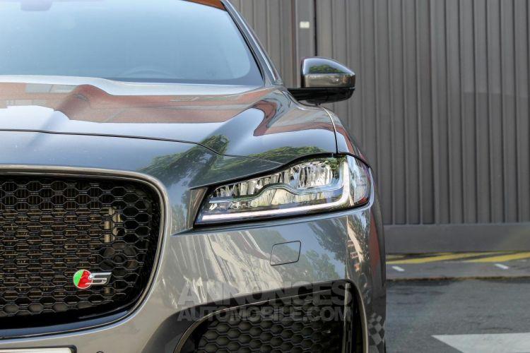 Jaguar F-Pace V6 3.0D 300ch S 4x4 BVA8 - <small></small> 51.950 € <small>TTC</small> - #16