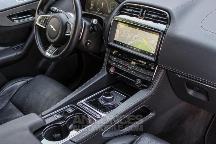 Jaguar F-Pace V6 3.0D 300ch S 4x4 BVA8 - <small></small> 51.950 € <small>TTC</small> - #30
