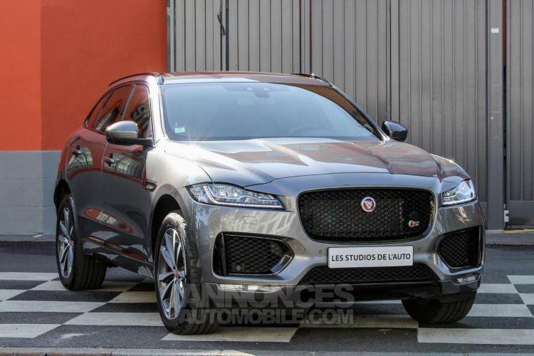 Jaguar F-Pace V6 3.0D 300ch S 4x4 BVA8 - <small></small> 51.950 € <small>TTC</small> - #52